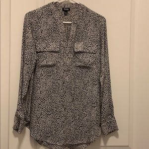 Long sleeve black and white cheetah blouse.